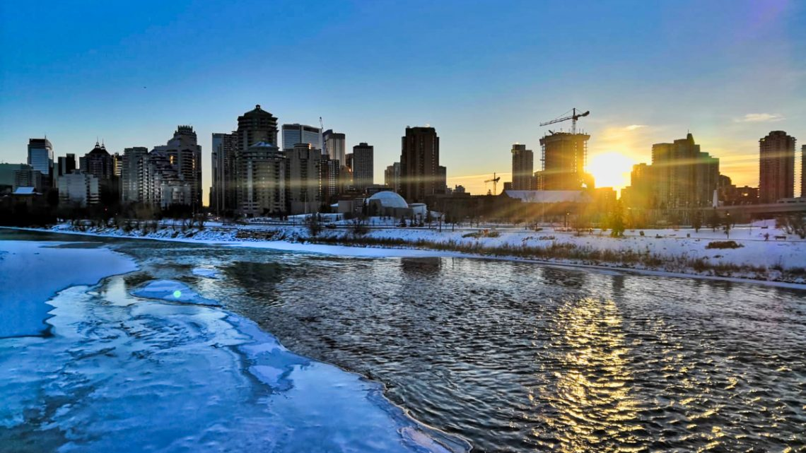 Backpackers in Calgary – our experience on IEC