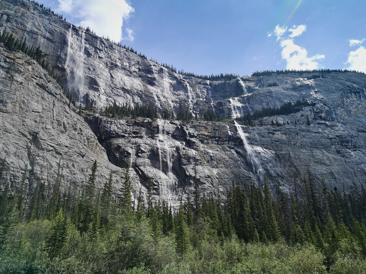 Weeping Wall - stop on the Banff to Jasper drive
