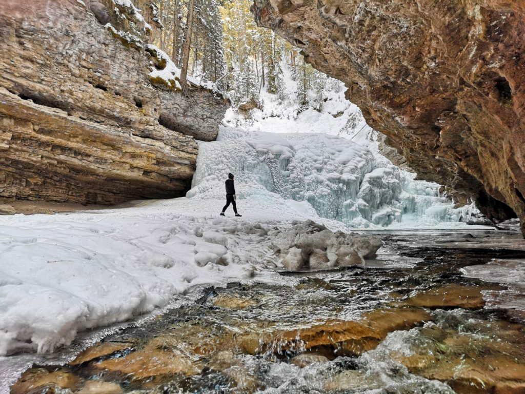Travelling across Canada on a budget - visiting Johnston Canyon
