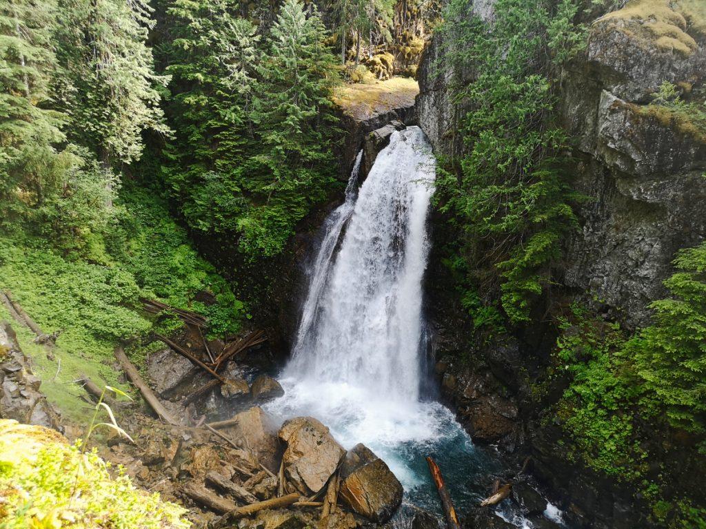 Lady Falls, Stratchona Park