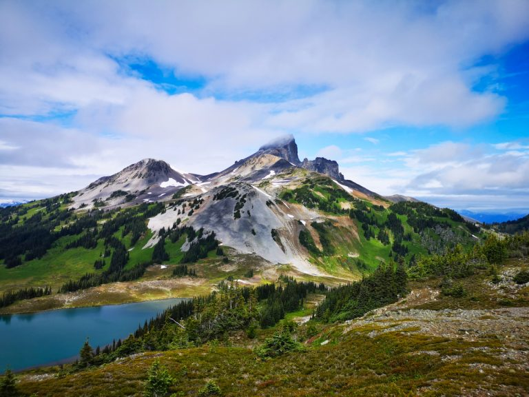 3 challenging hikes in Squamish and Garibaldi Provincial Park